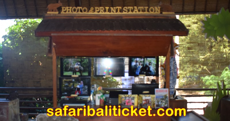 photo print station at bali safari marine park