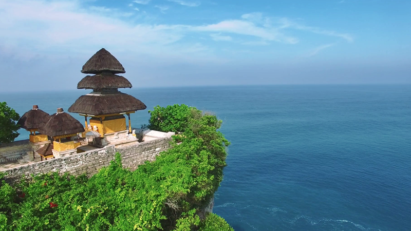 Sunset, Dance and View at the Sacred Uluwatu Temple 4